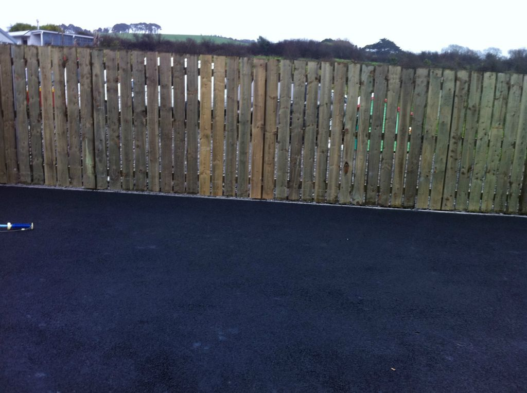 tar and chip driveways contractors Ballinascarty